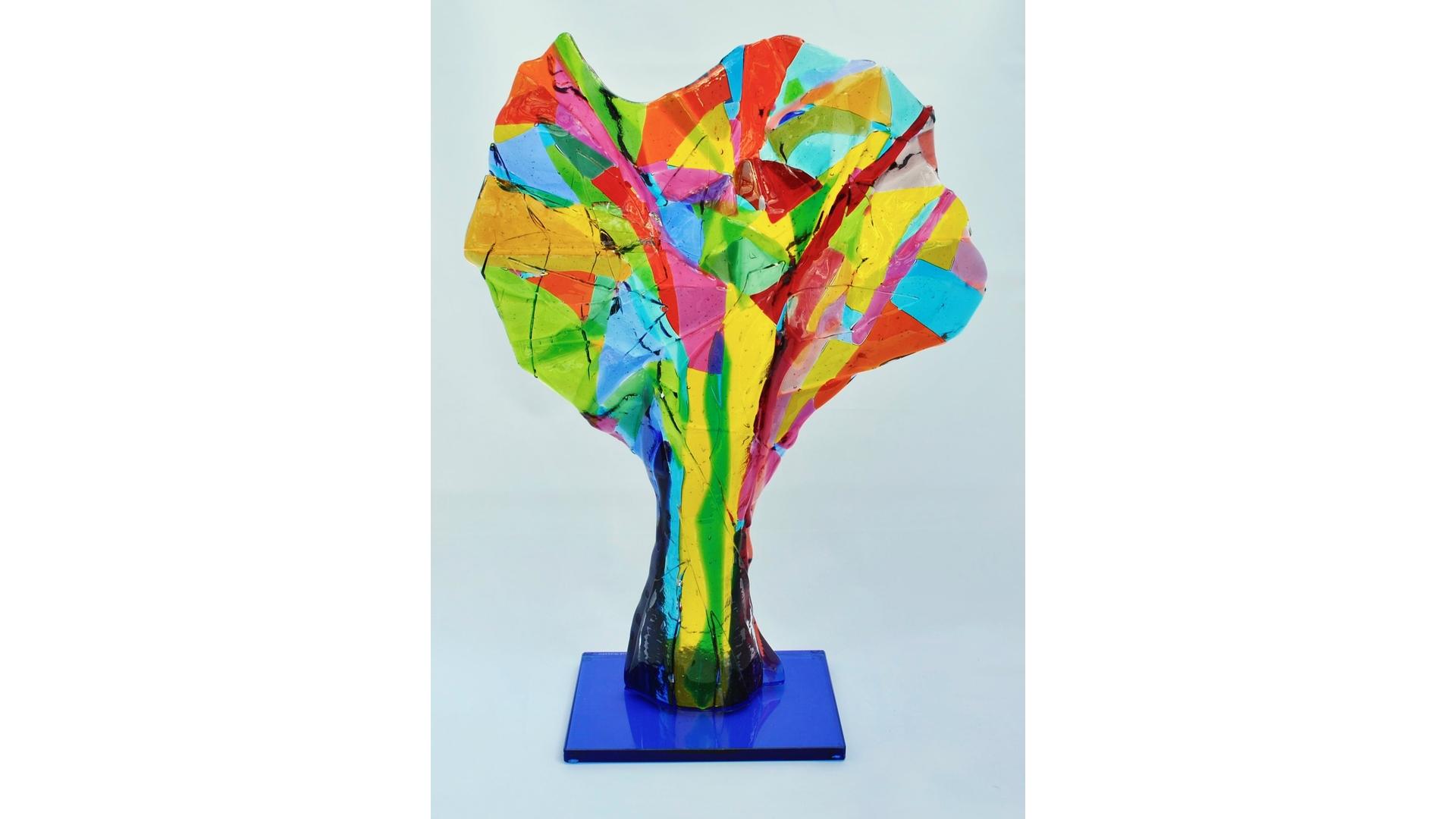 Titel: 'Queen', Bullseye glas 35x46 cm Atelier Angenelle Thijssen