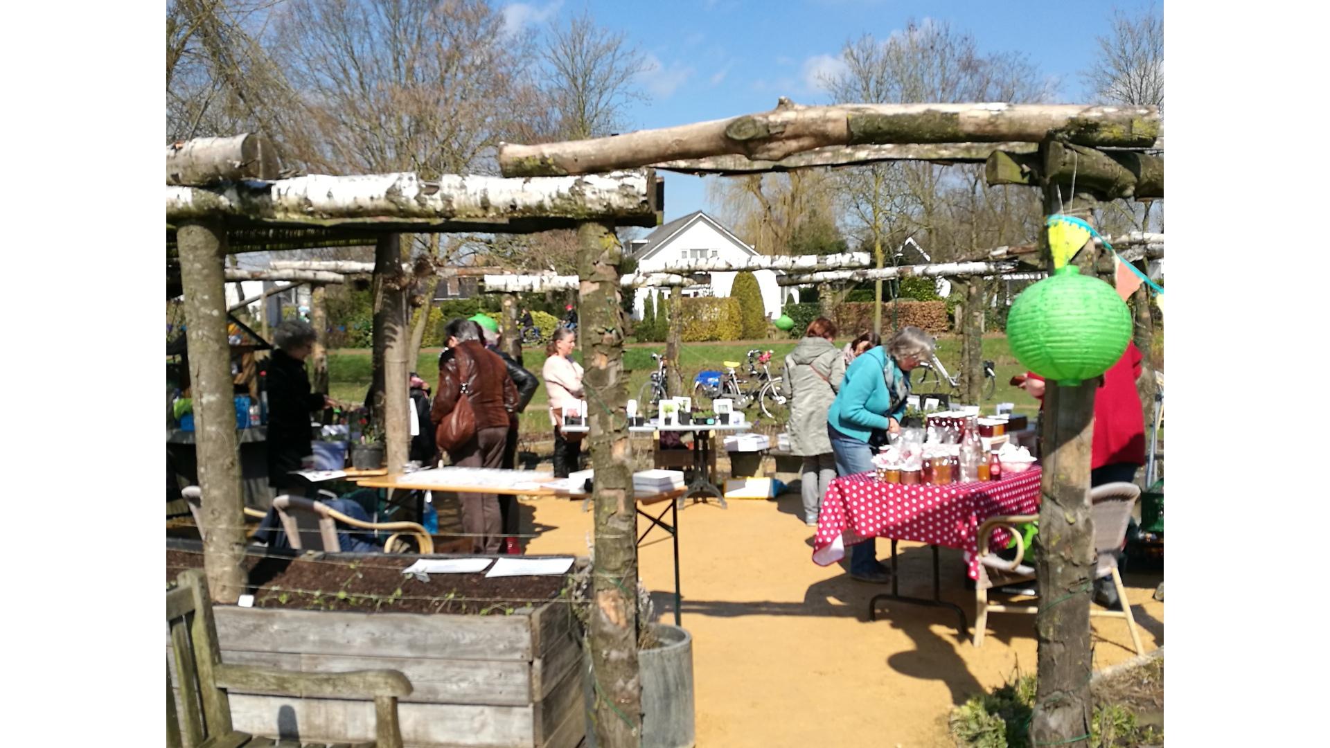 Eetbaar IJsselstein, Hooghe Camp tuin, tuinieren, natuur, IJsselstein, ontmoeten, activiteiten