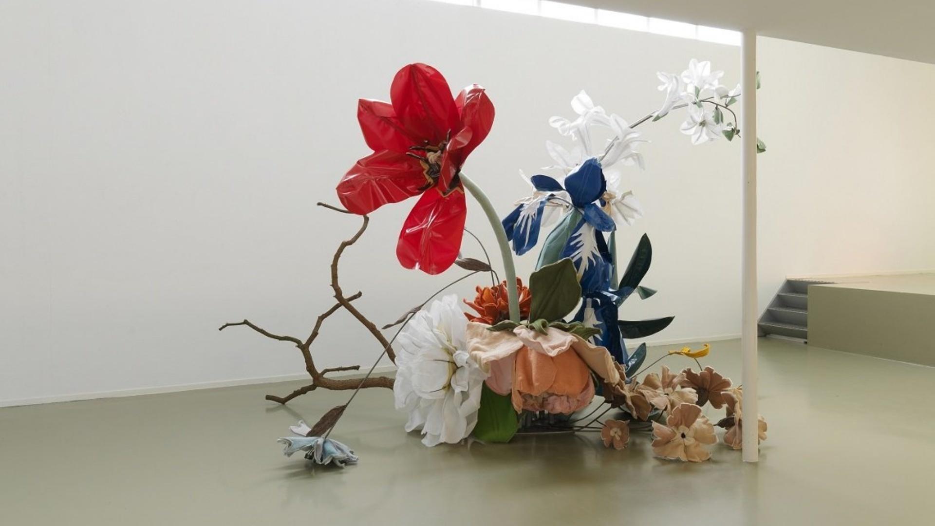 Linda Nieuwstad. Flores Arte Compositie   Foto: Rik Klein Gotink