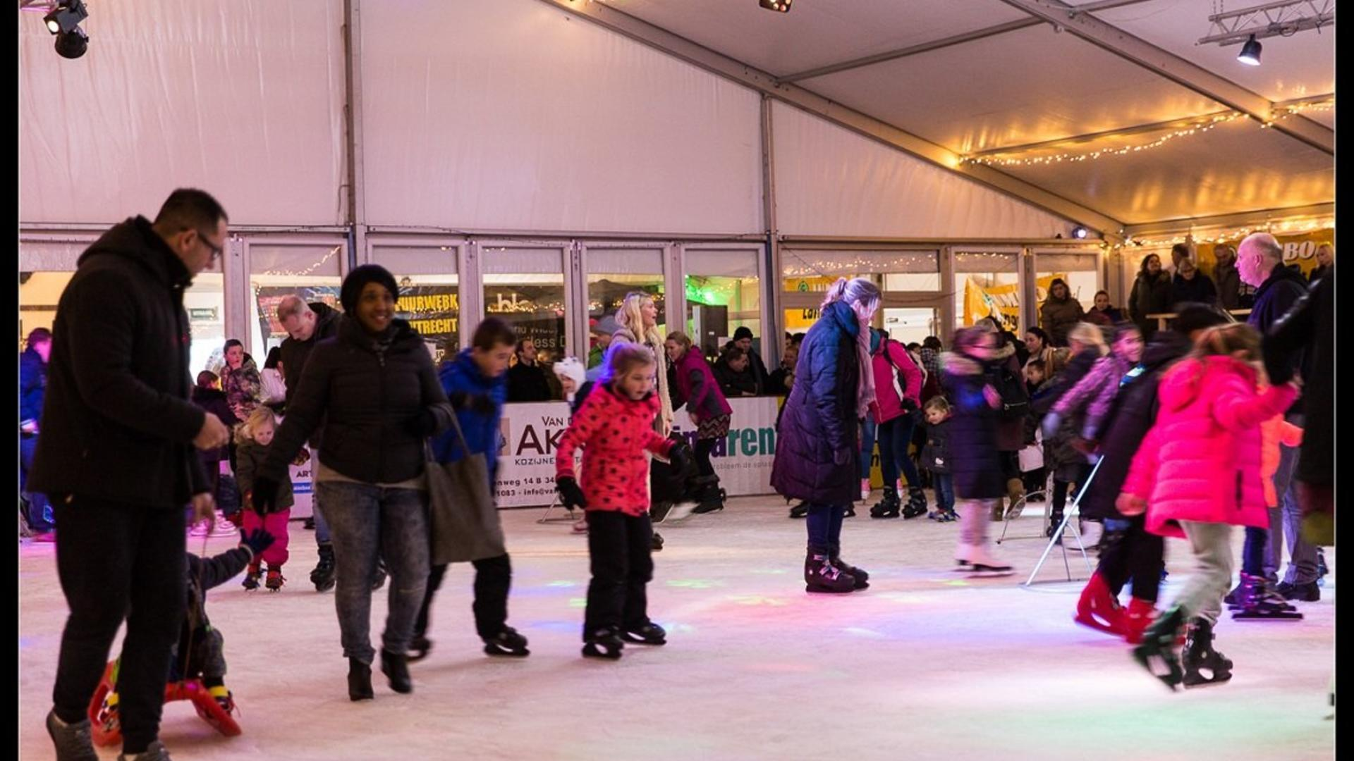 opening-schaatsbaan-bc-klein-scheveningen-2017-44-1140p-1.jpg