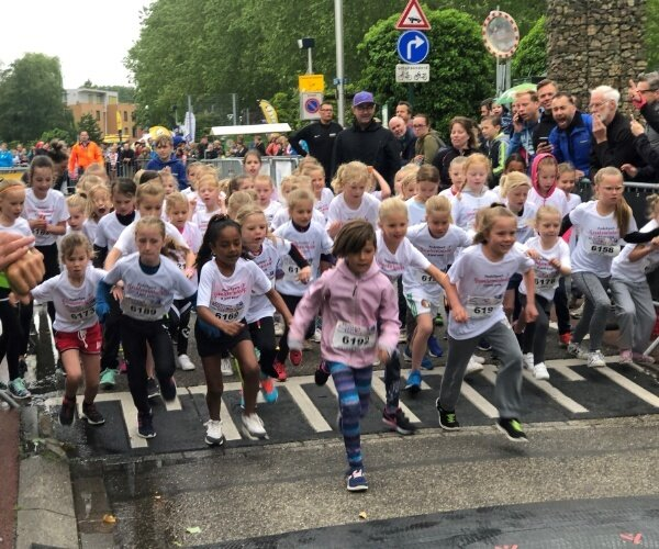 ijsselsteinloop-2019-kids-bernard-brosi-.jpg